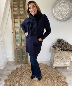 V-hals tuniek met bijpassende sjaal donker blauw